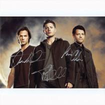 Autografo Cast 3 di Supernatural Foto 20x25:
