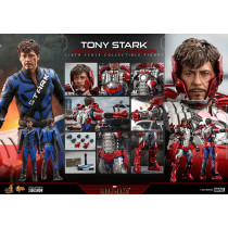 PREORDINE Iron Man 2 Movie Masterpiece Action Figure 1/6 Tony Stark (Mark V Suit Up Version) 31 cm