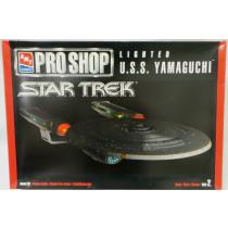 STAR TREK THE NEXT GENERATION : U.S.S. YAMAGUCHI AMT/ERTL KIT (MI)
