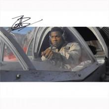 Autografo John Boyega - Star Wars Foto 20x25