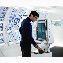 Autografo Zachary Quinto 4- Star Trek