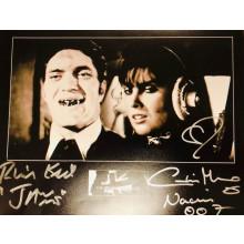 Autografo Richard Kiel & Caroline Munro James Bond 007 Foto 20x25