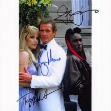 Autografo James Bond Cast di 3 Bersaglio mobile  Foto 20x25